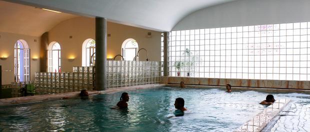 Baños Alange | Balneario De Alange Badajoz Asociacion Nacional De Balnearios De